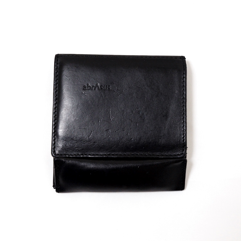 abrAsus – 薄い財布 ブッテーロ レザー エディション